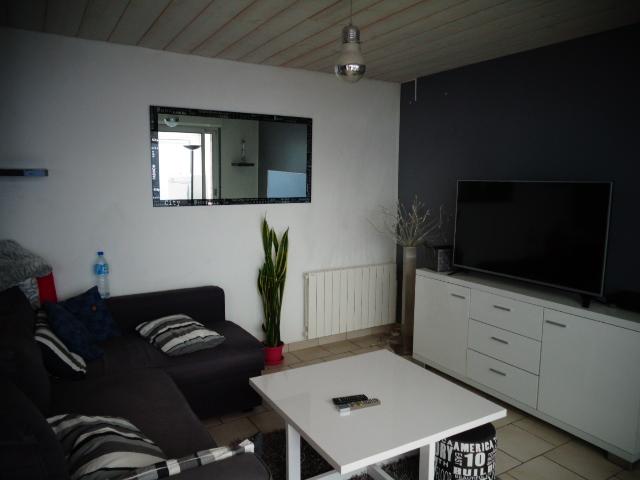 ventes avec travaux t4 f4 montivilliers centre ville achat et location maison campagne normandie. Black Bedroom Furniture Sets. Home Design Ideas